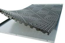 Zinger crate drain thru flooring